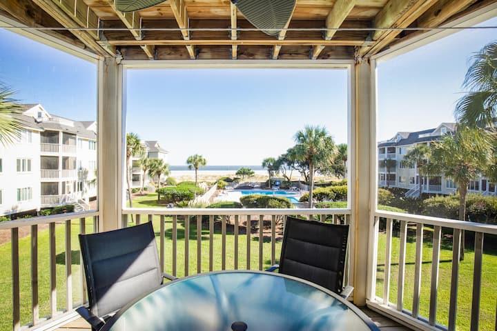 Oceanview! Pool! Gorgeous views! 2nd floor unit!!