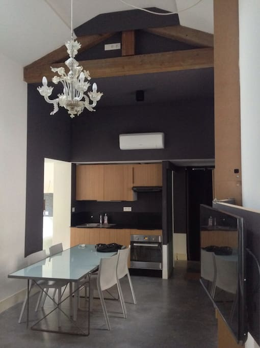 Maison chic et charme montpellier flats for rent in for Maison chic revue