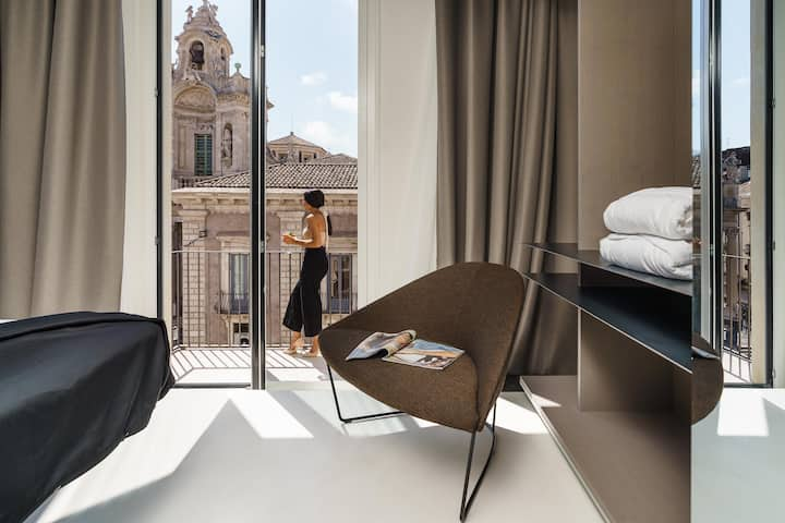 Rooms with  views Meo Design Suite & Spa