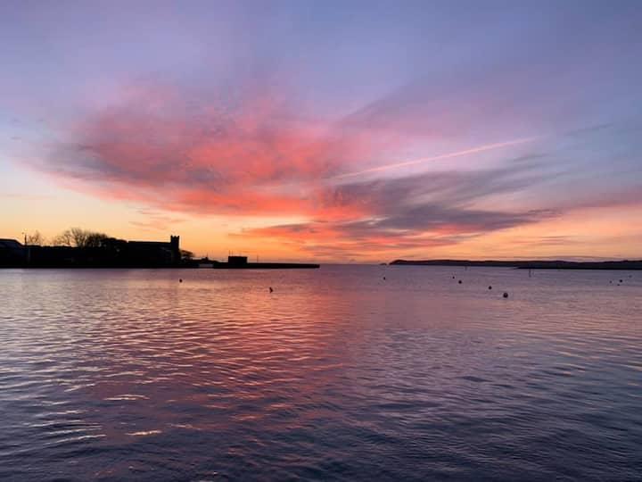 Best sea views in Dungarvan, contemporary apt.