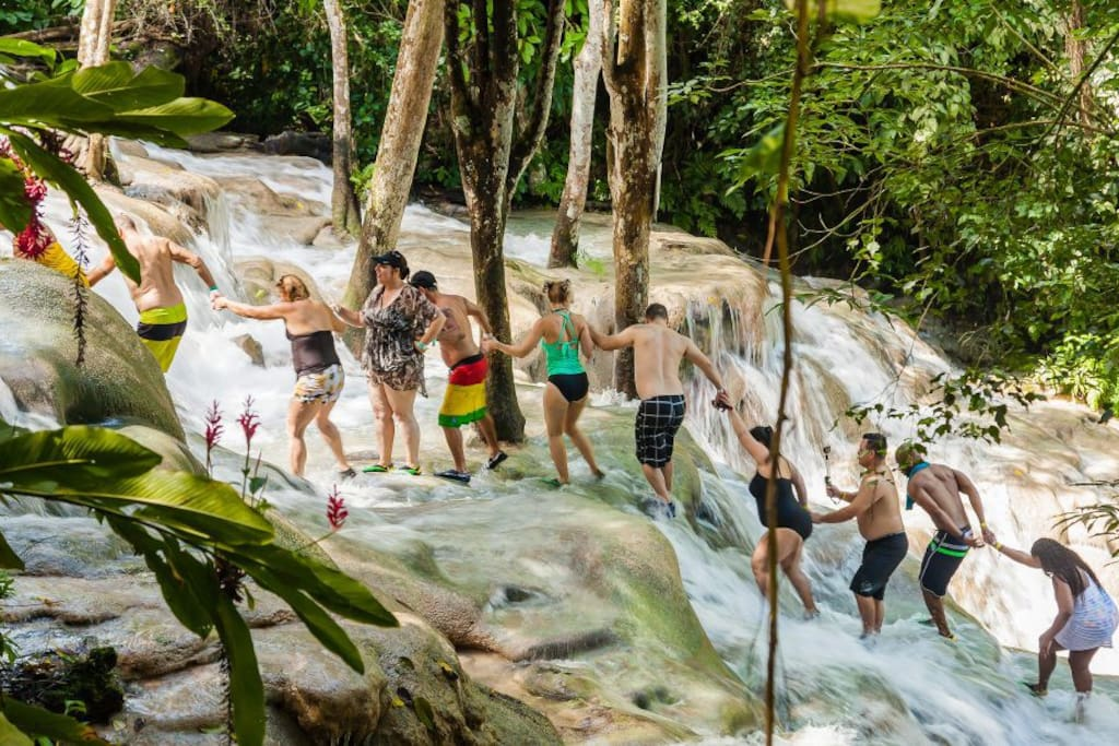 Dunns River Falls, 15 minutes' drive from LouJan Villa @ The Palms