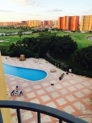 Golf Porto Marina 2 BDR Apartment with View! - İskenderiye - Daire