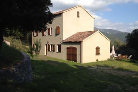 Maison familiale en Corse - House