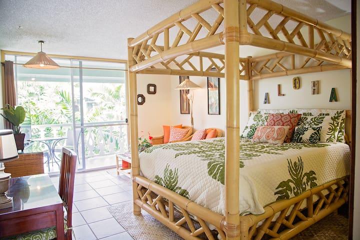 Kona Escape  Kona Islander Inn #329