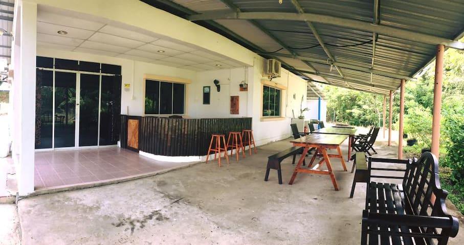 Homestay Talisay Inn, Sawangan B. Kuala Penyu, SBH