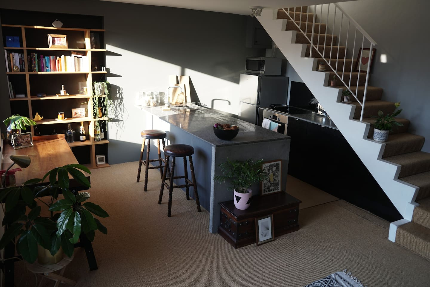 Light 1BR apartment in Surry Hills, close to Central Station