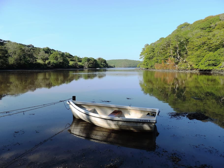 Experience the upper reaches of the Helford River in the rowing dinghy 'Peggy'