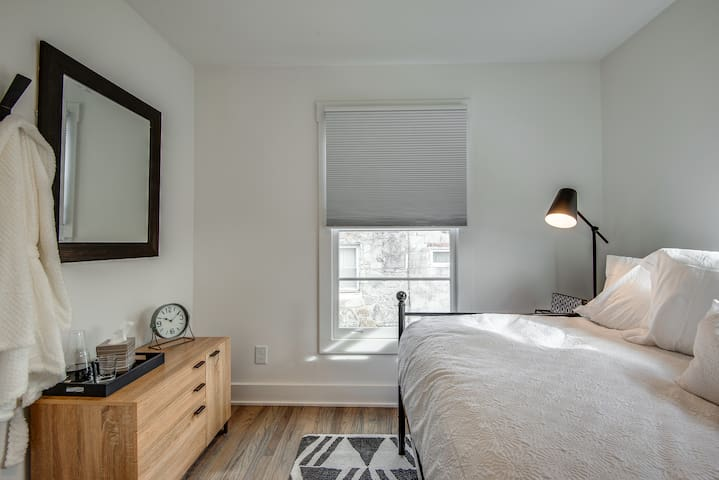 This bedroom has a full size bed with memory foam mattress and plenty of pillow options.  Dresser and closet to allow you space to unpack and feel at home!
