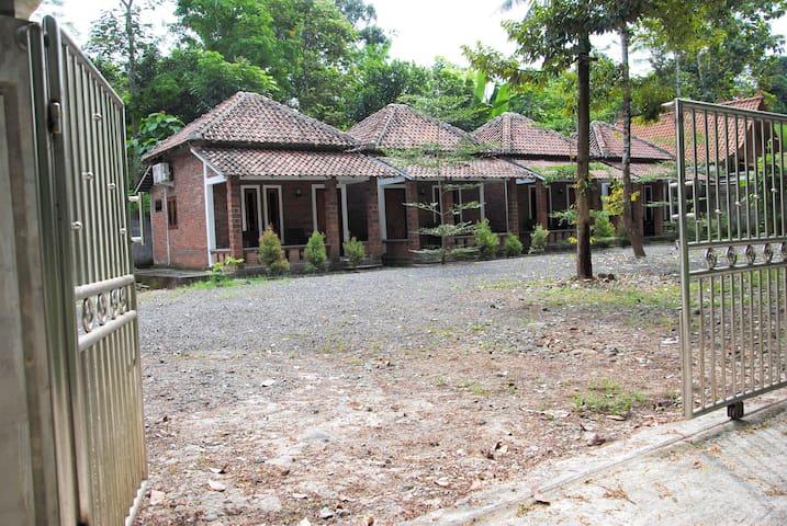 Griyo Dan Borobudur