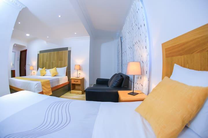 Hotel Vicentina Triple Room / Playa Boca Chica