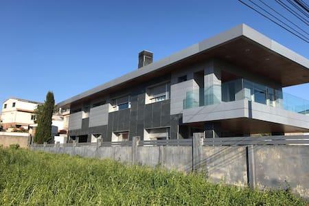 Chalet a 100 metros de la playa mas bonita de Vigo - Vigo - 牧人小屋