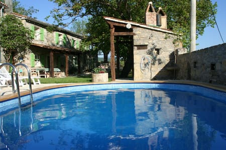 "Perfect family holiday in ""green"" - Buzet - House"