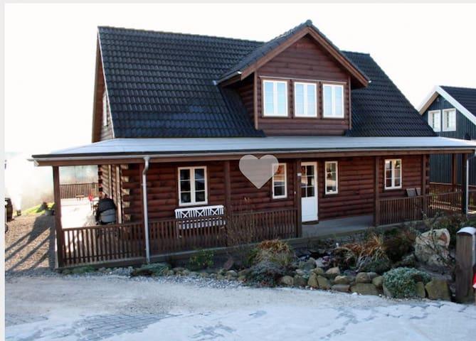Super beliggenhed og udsigt - Gjern - Huis