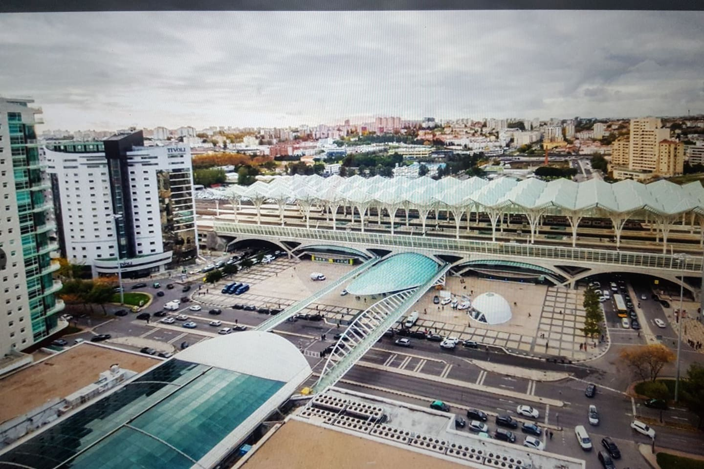 oriente overview ,the new and premium area of lisbon city,just 5min walking