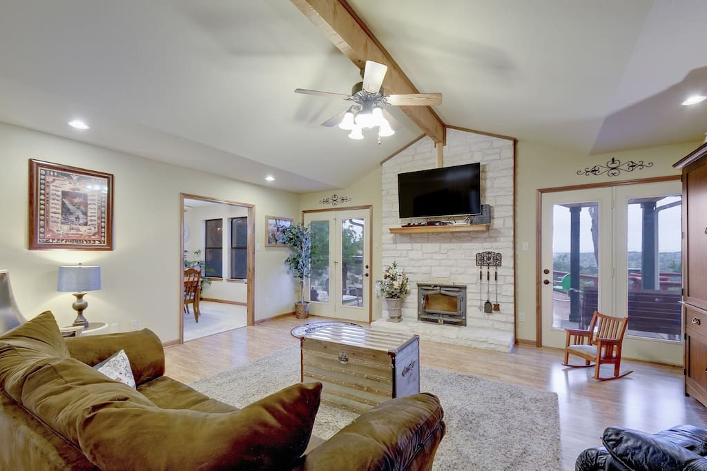 The open layout of the family room is designed for quality family time. Complete with a DVD library, board games and large flat screen.