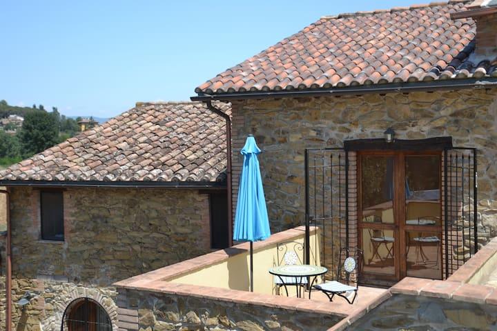 Casa Nestore Holiday Apartments - Oliva Apartment - Castiglione della Valle