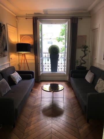 Appartement cosy et familial (Paris XVI)
