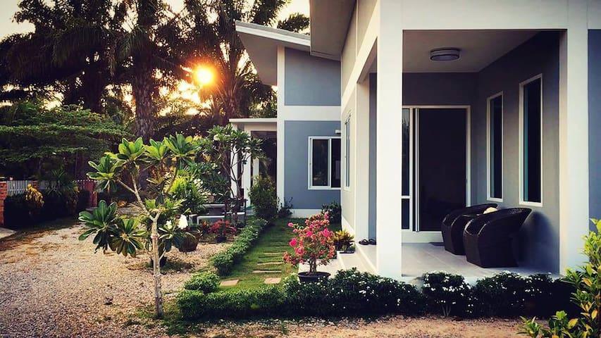 Ao Nang Modern House, 1 Bedroom - Ao Nang - Casa