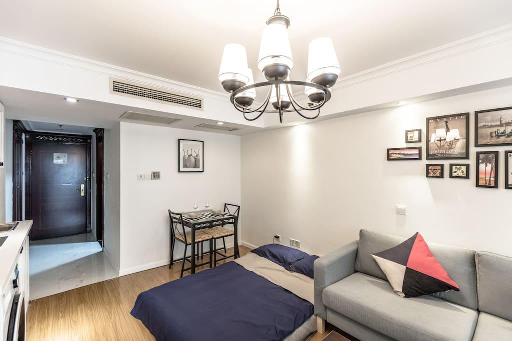 客厅,另一张温暖的床铺,气垫床哟