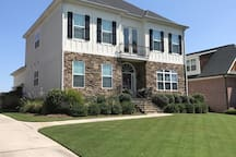 Price Reduced.Masters Rental-Gated Neighborhood