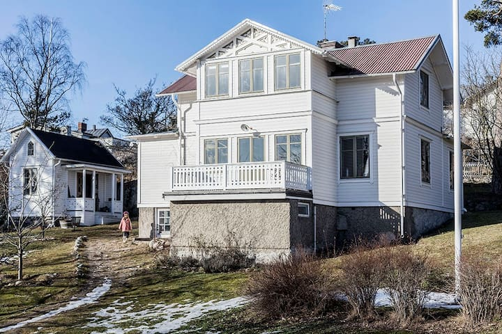 Lovely house from 1884 in the centre of Dalarö