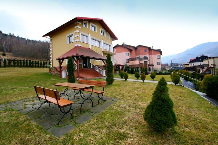 Gajowka&Vita Apartament z 3 sypialniami w Szczyrku - Szczyrk - Leilighet