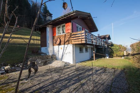 2-Zimmer Ferienhaus oberhalb Ebnat-Kappel - Ebnat-Kappel - Huis