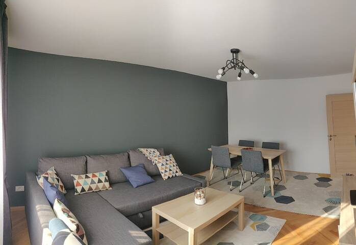 Modern and Cozy Apartment