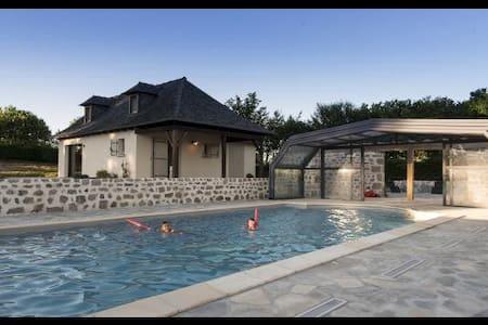 Gîte 4 personnes avec piscine