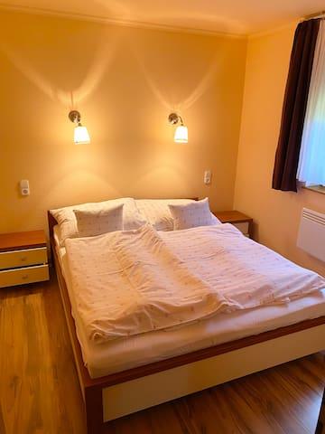 Doppelzimmer mit Queensizebett
