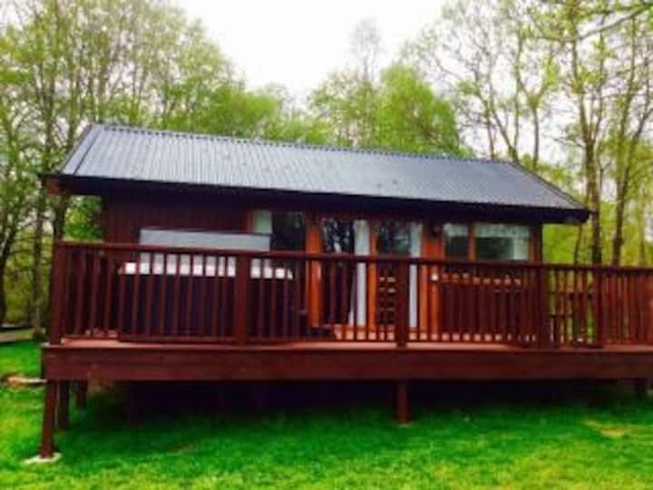 Innis Chonnel Cabin With Electric Hot Tub
