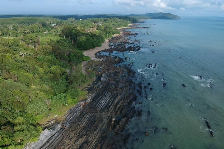 Sea Horizon Cliff View Resort [Pondview-3pax]