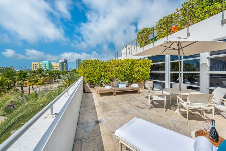 Penthouse Two Bedroom South Beach View w/Terrace