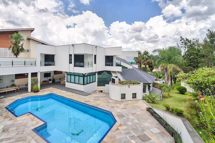 Casa fantástica em Alphaville luxo conforto beleza - Santana de Parnaíba - Ev