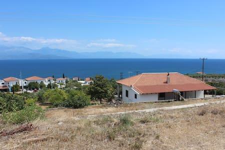 Villa with astonishing panoramic seaview - Messinia - Casa