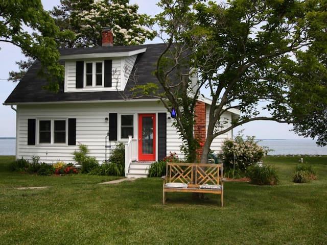 Simplicity Cottage - Tilghman Island