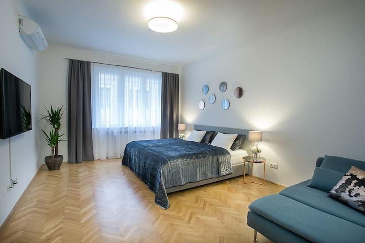 Schlafzimmer Nr. 1 - 1st Bedroom