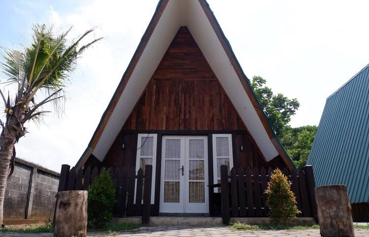 Izza Cottage 2