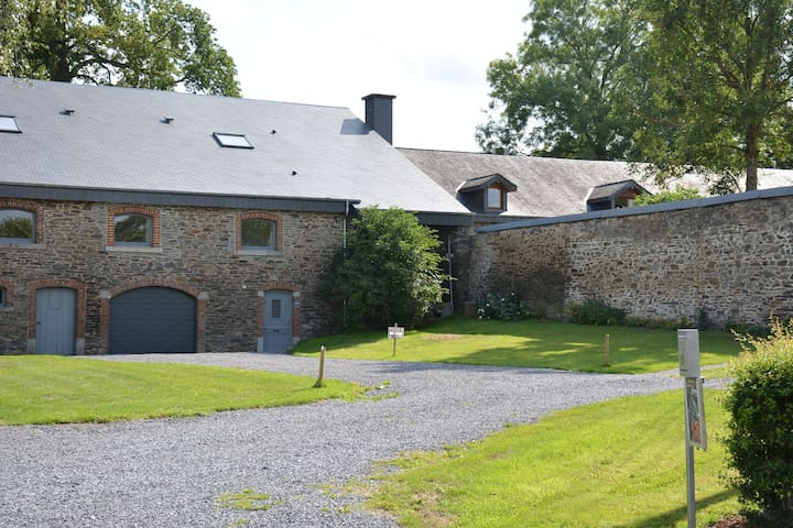 Beautiful Ardennes house renovated with care and taste, beautiful area, quiet