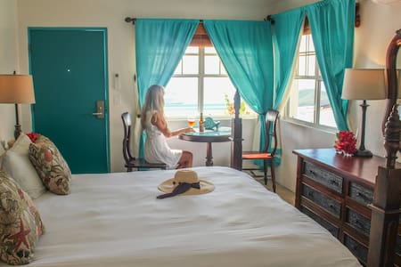 Standard Room at the Mafolie Hotel - Charlotte Amalie