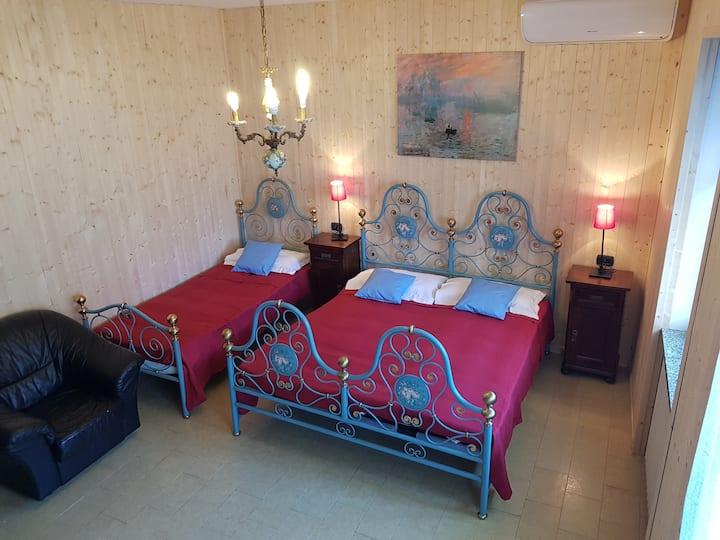 Il Melograno rooms a 15 minuti da Malpensa e Orta
