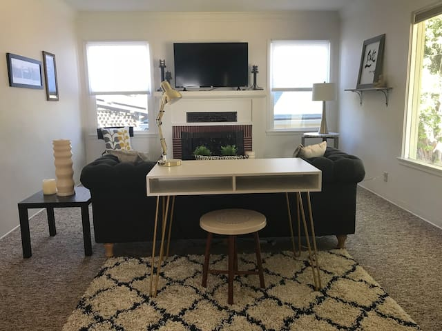 Vintage family-friendly home steps from downtown