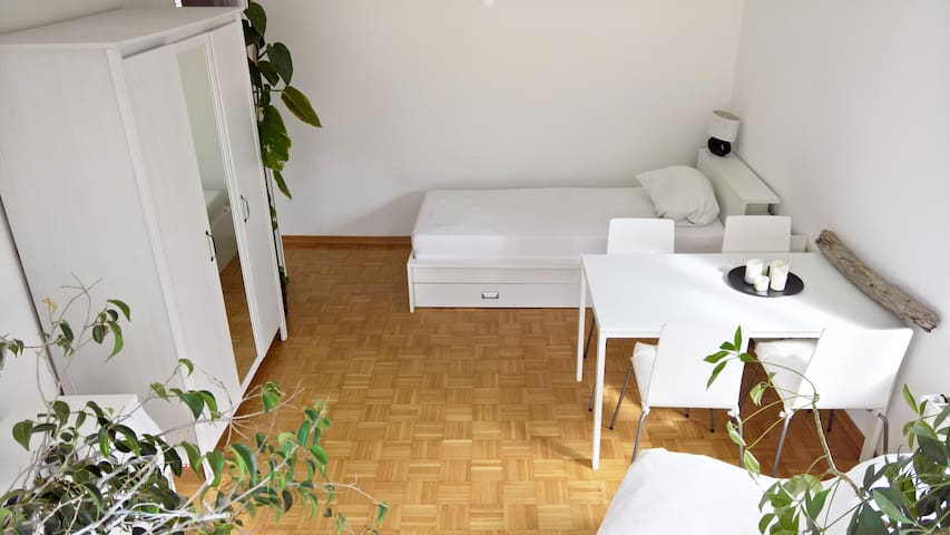 3 min to central station / lake - Starnberg - Apartament