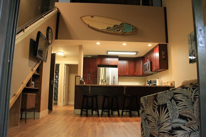 2 Bedroom remodeled condo!!