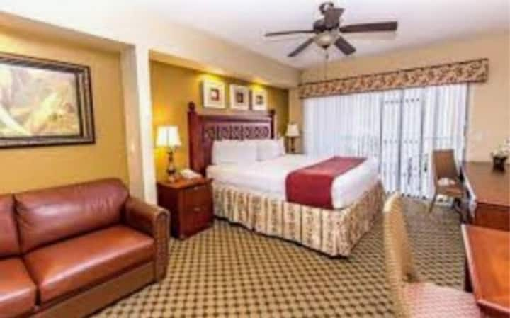 1BR Villa in a Luxury Resort near ALL Theme Parks!
