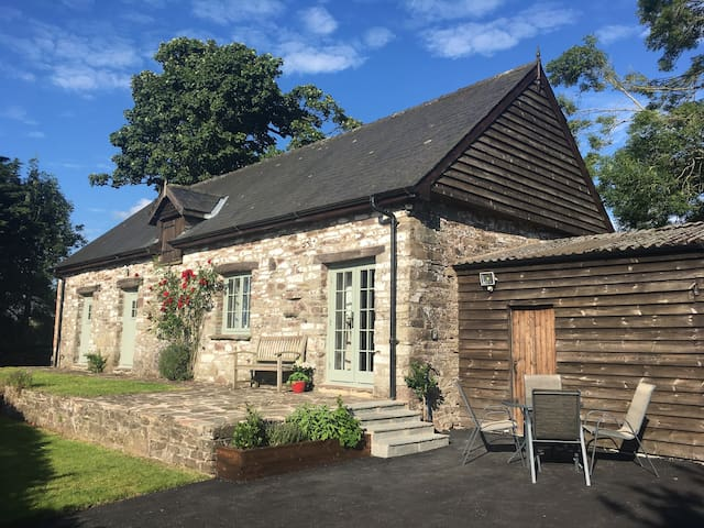 Stable Lodge, Pant Glas Farm - Brecon Beacons