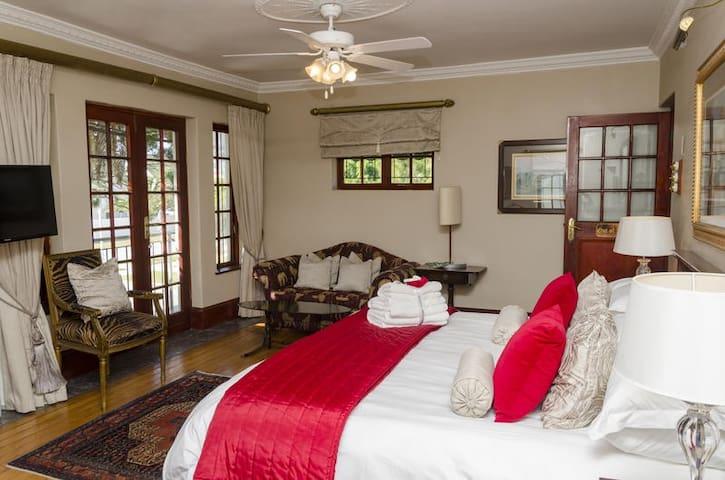 Luxury Room photo 2