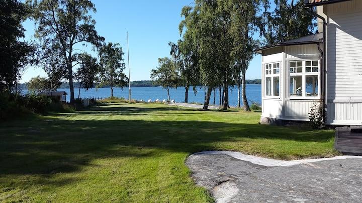 Idyllic Stockholm archipelago villa on island Marö