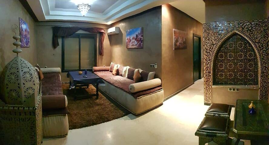 Charming apartment w/terasse in guéliz,