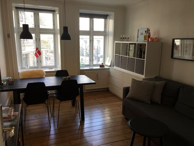 Hygge & Small Apartment in the Heart of Vesterbro